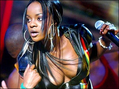keisha Buchanan Sugababes performing boobs